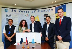 ec-undp-jtf-nepal-news-stories-european-union-contributes-an-additional-e-1-6-million-for-nepal-elections-0